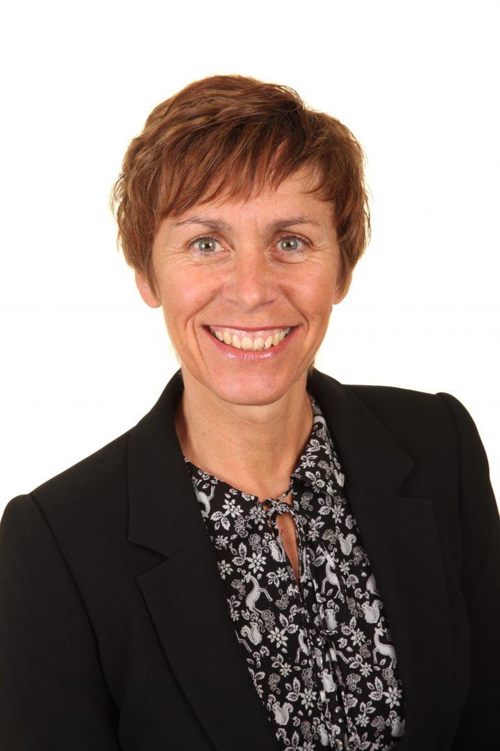 Mrs Carole Goodwin