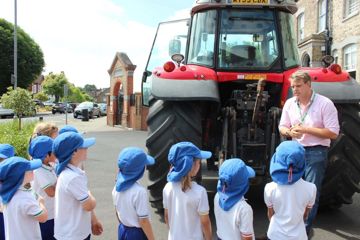 Cullen Family Farm Trip with CHS